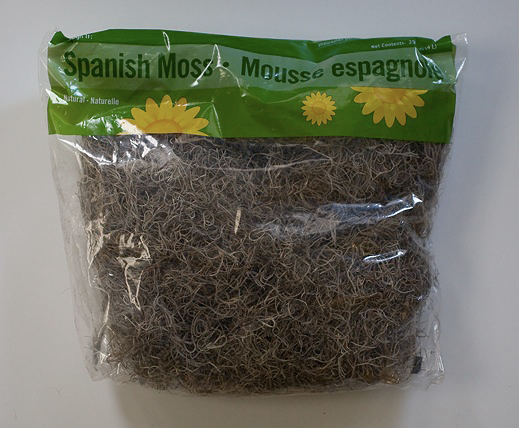 The Bag Of Spanish Moss Shown Below Only Cost Me A Few Dollars Us And Provided Enough Material To Liberally Cover Three Foot Branch